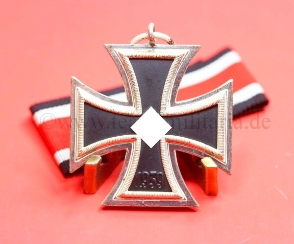 Eisernes Kreuz 2.Klasse 1939 mit Band - MINT CONDITION