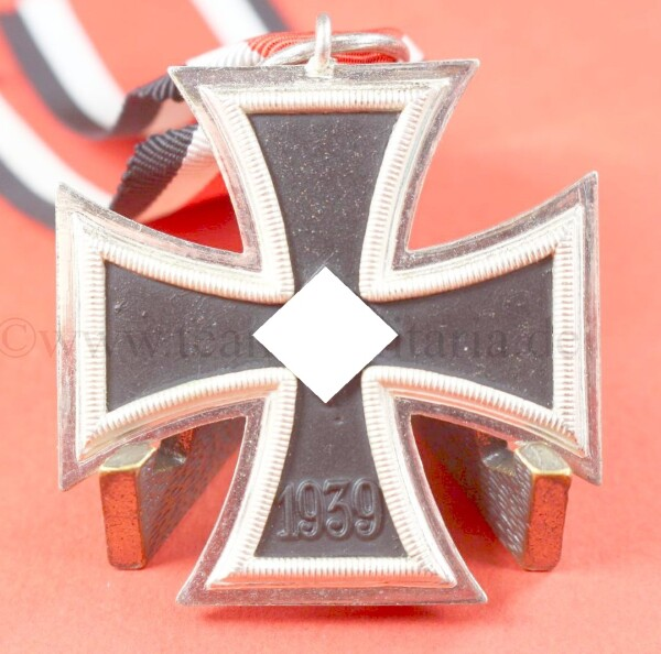 Eisernes Kreuz 2.Klasse 1939 (L/11) - MINT CONDITION
